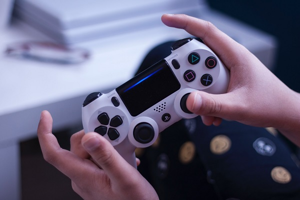 Earn PayPal money for playing games: 5 Easy ways